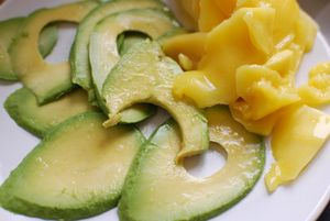 Mango avocado slices